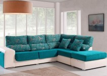 Sofá rinconera tapizado con chaiselongue